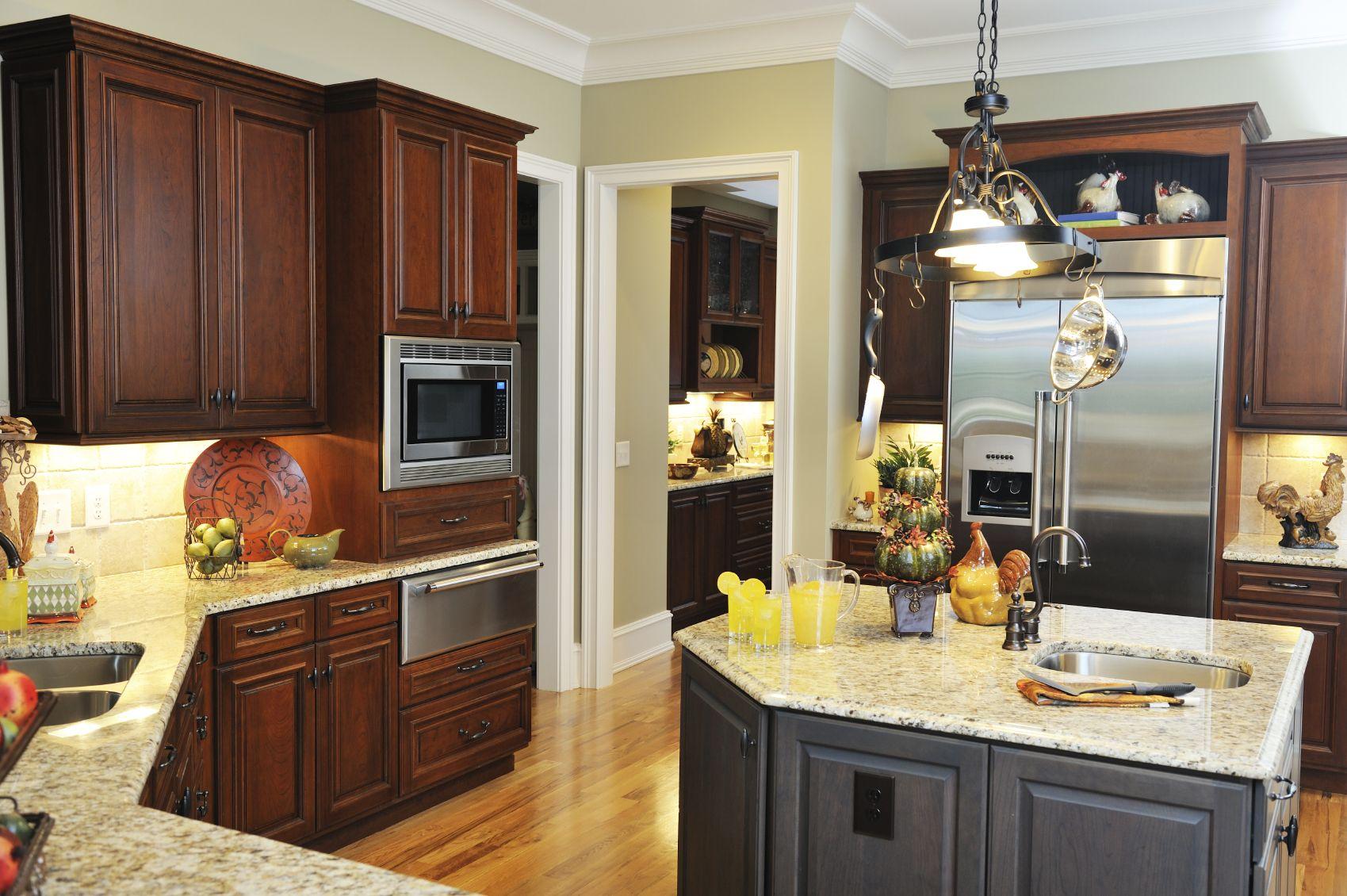 52 Dark Kitchens With Dark Wood Or Black Kitchen Cabinets 2020 Dark Kitchen New Kitchen Cabinets Kitchen Design