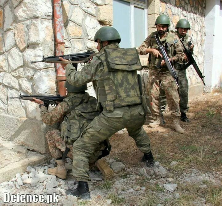 Pakistan Army In Action Against Taliban Pakistan Army Pakistan Armed Forces Army Soldier