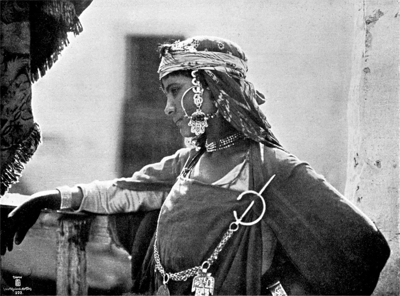 A young Berber girl in ethnic attire circa 1908. Photograph by Lehnert & Landrock. https://t.co/AL3T36EowR