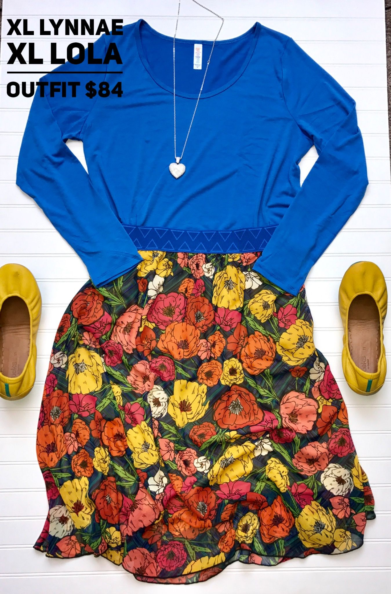 How gorg is this Lola and Lynnae!! Outfit available at shopthedubs.com #lularoe #lynnae #lola #ootd