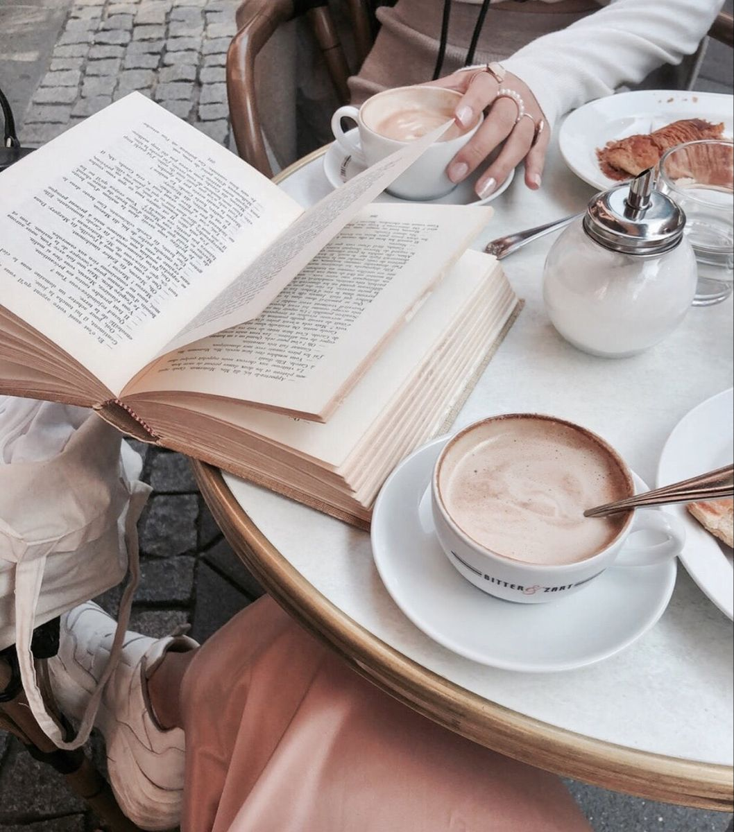 𝒮𝒶𝓇𝒶𝒽𝒦𝑒𝓊𝓀𝑒𝓁𝒶𝒶𝓇 in 2020 Food, Coffee and books, Coffee