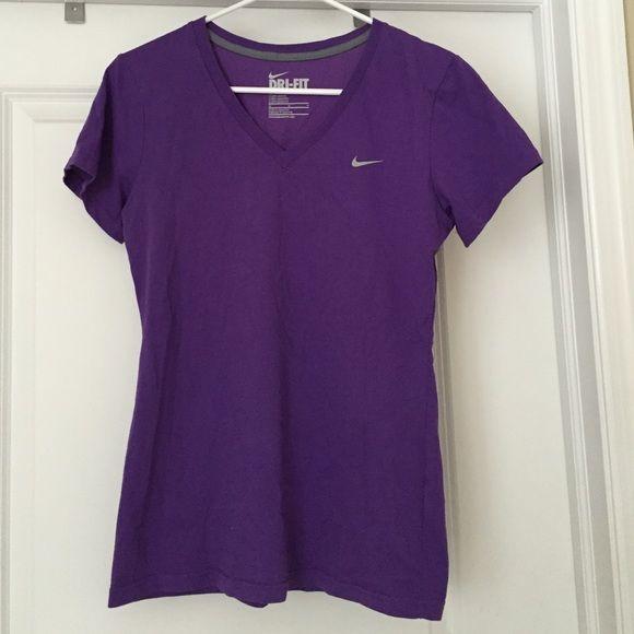Nike dri-fit tshirt Purple Nike Dri-Fit tshirt. Size M. Great condition Nike Tops Tees - Short Sleeve