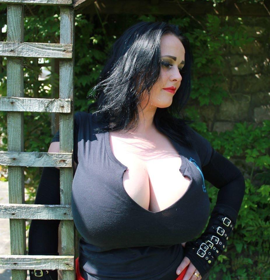 Big Tits British Schoolgirl