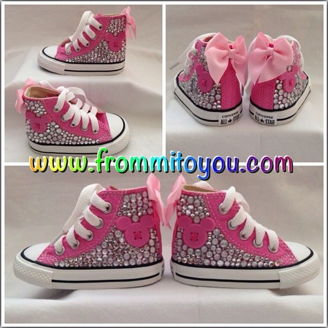 Custom design Converse Chuck Taylor with pink minnie mouse, bow and  rhinestones