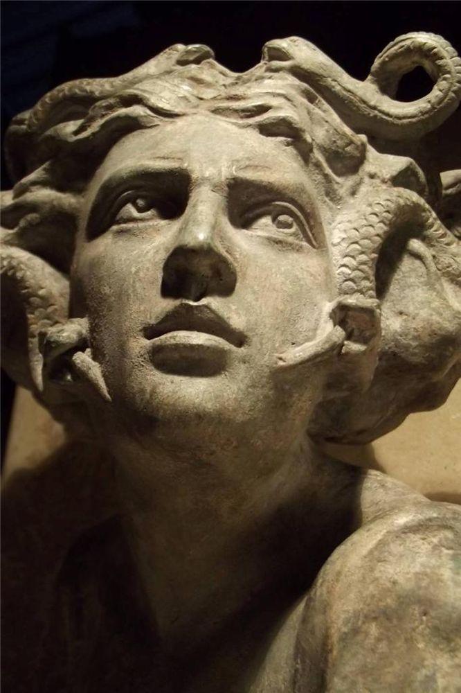 Medusa Statue Ancient Greek Mythology Art Sculpture