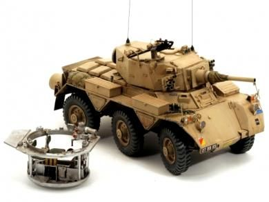 K131 SALADIN Armoured Car    Military Modelling   Armored