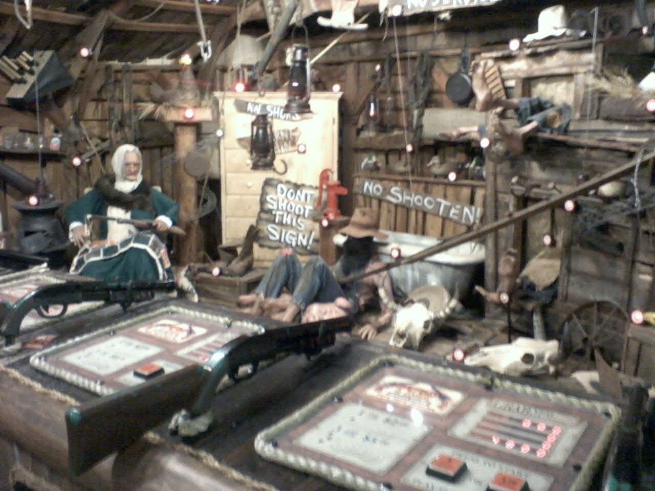 Hatfield & McCoys Dinner Show, Pigeon Forge, Tennessee -- Pic Taken by me