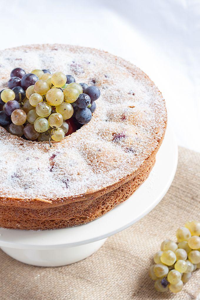 Olivenolkuchen Mit Trauben Und Joghurt Rezept Lebensmittel Essen Schone Desserts Und Dessert Ideen