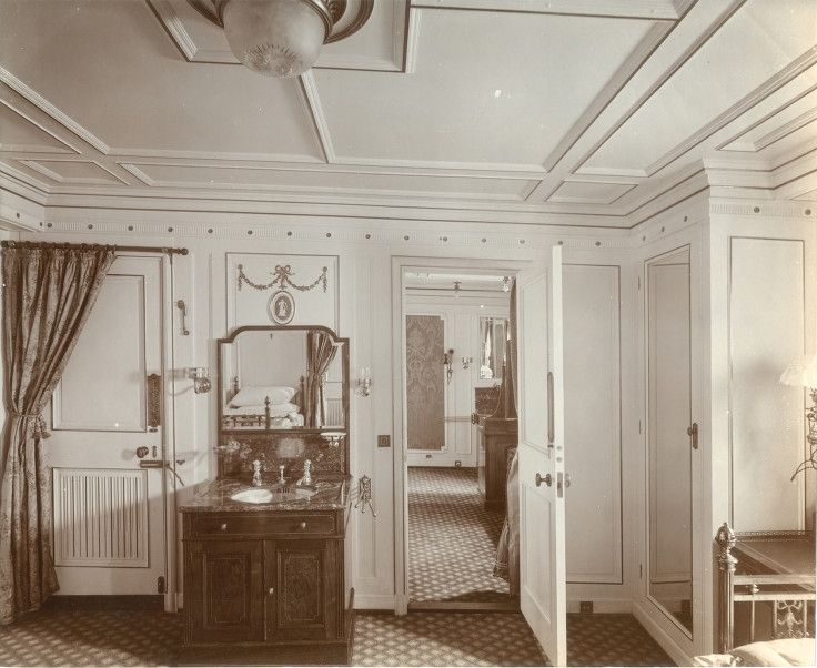 Messytimetravel regal suite interior of the lusitania source retronaut