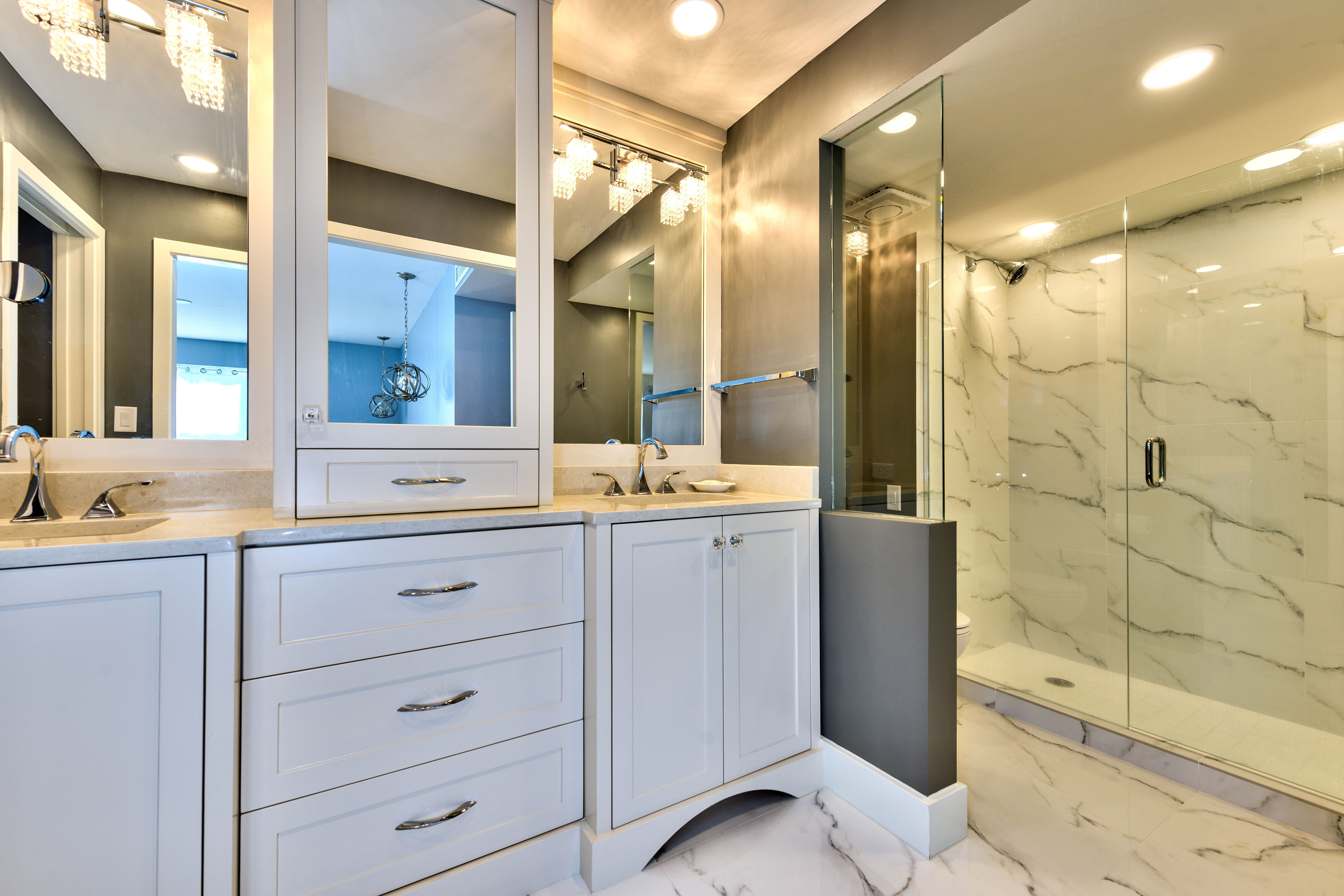 White And Gray Luxury Bathroom Transitional Marbleshower Http Www Palmbrothersremodeling Com Bathrooms Remodel Remodel Luxury Bathroom [ 4920 x 7376 Pixel ]