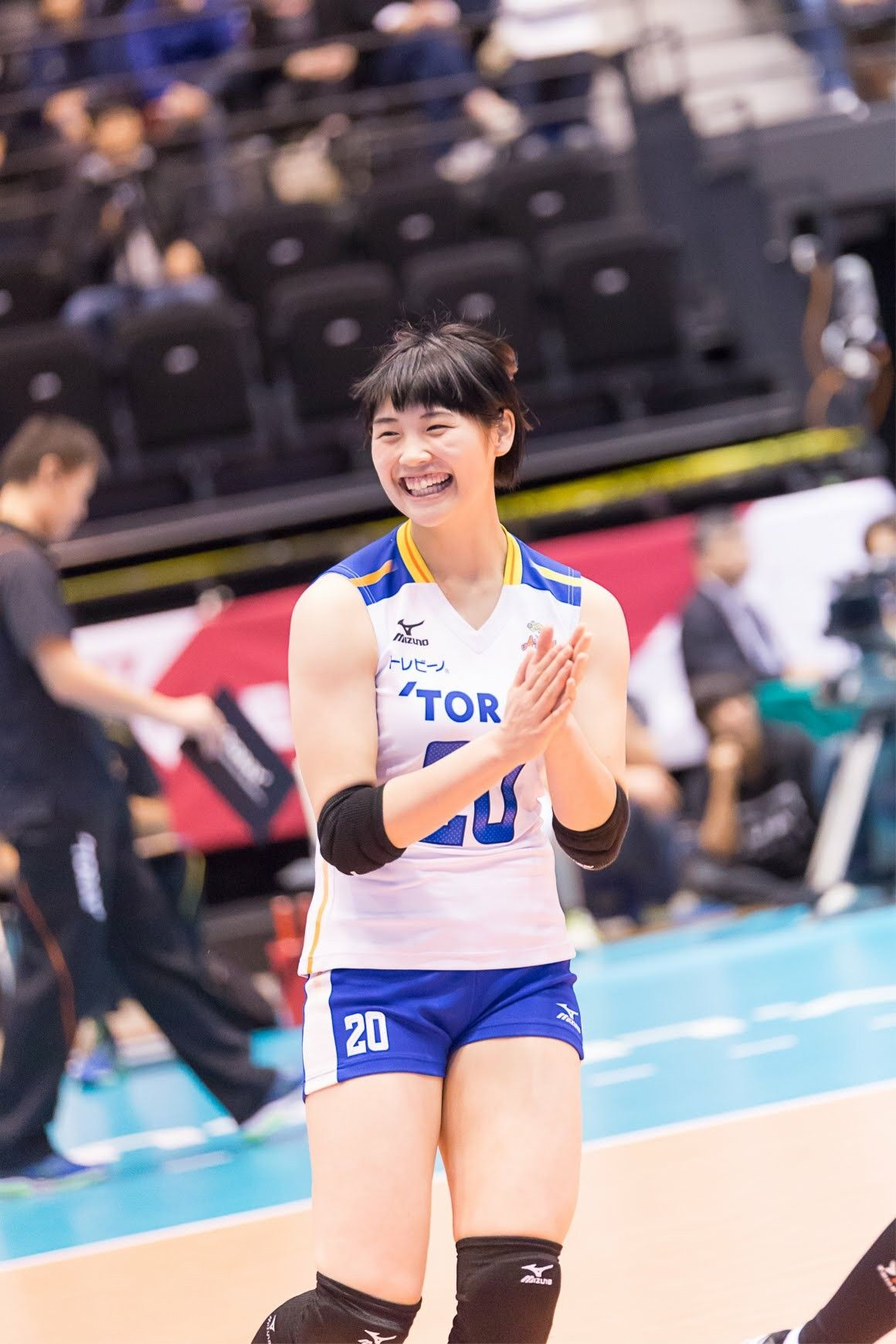 Pin By Pin Interest On Toray Arrows Volleyball Clubs Volleyball Athlete
