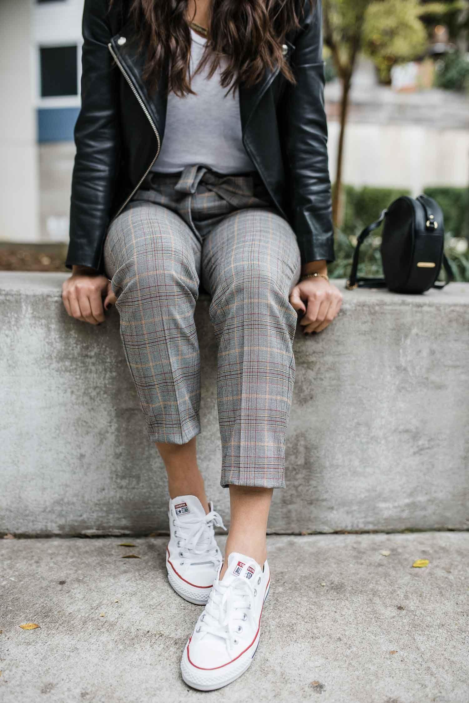 How To Dress Down Your Favorite Work Pants Business Casual Womens Fashion Fashion Clothes Women Womens Fashion [ 2247 x 1500 Pixel ]