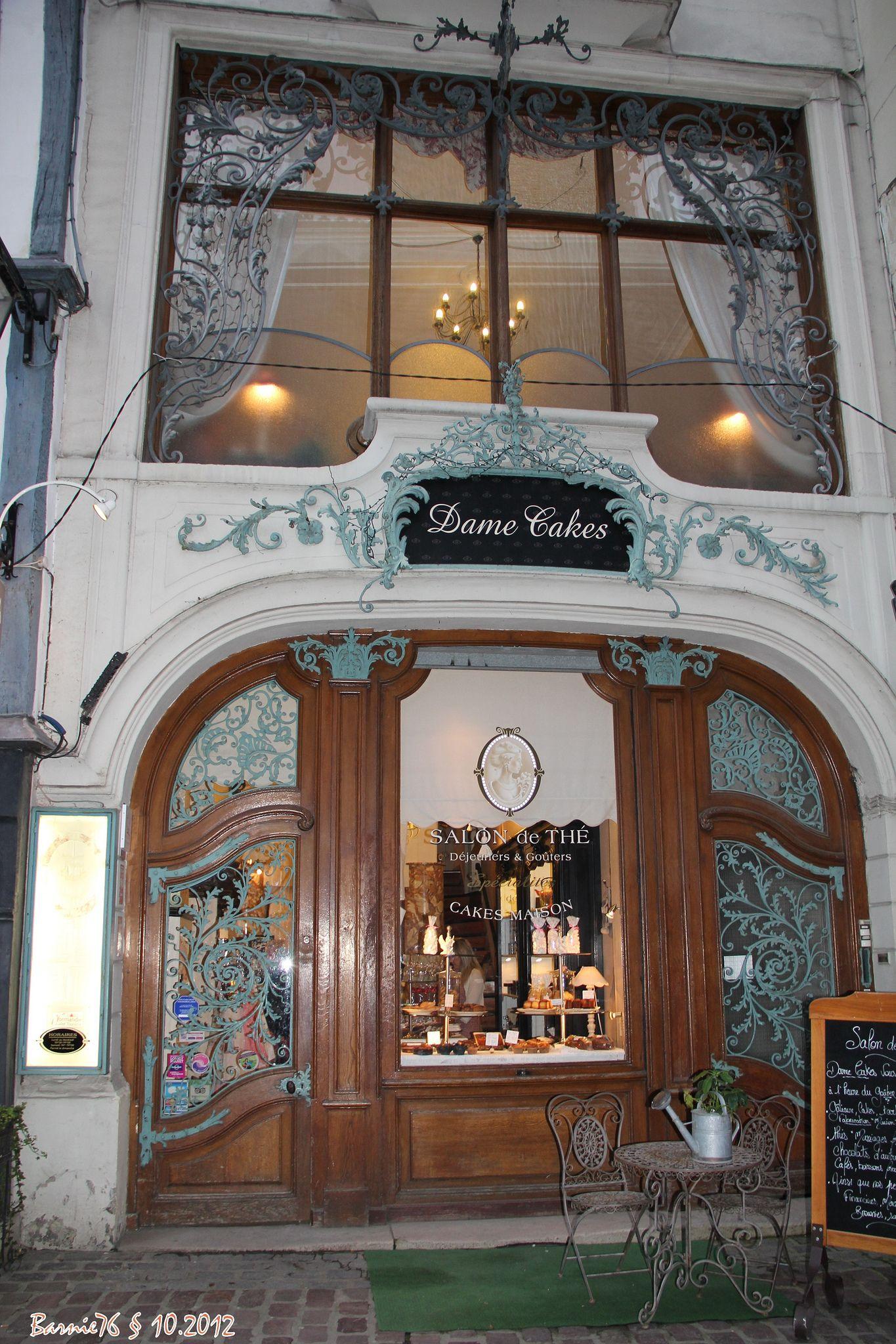 Dame Cakes, Salon de Thé , Rue St Romain . | Store fronts, France ...
