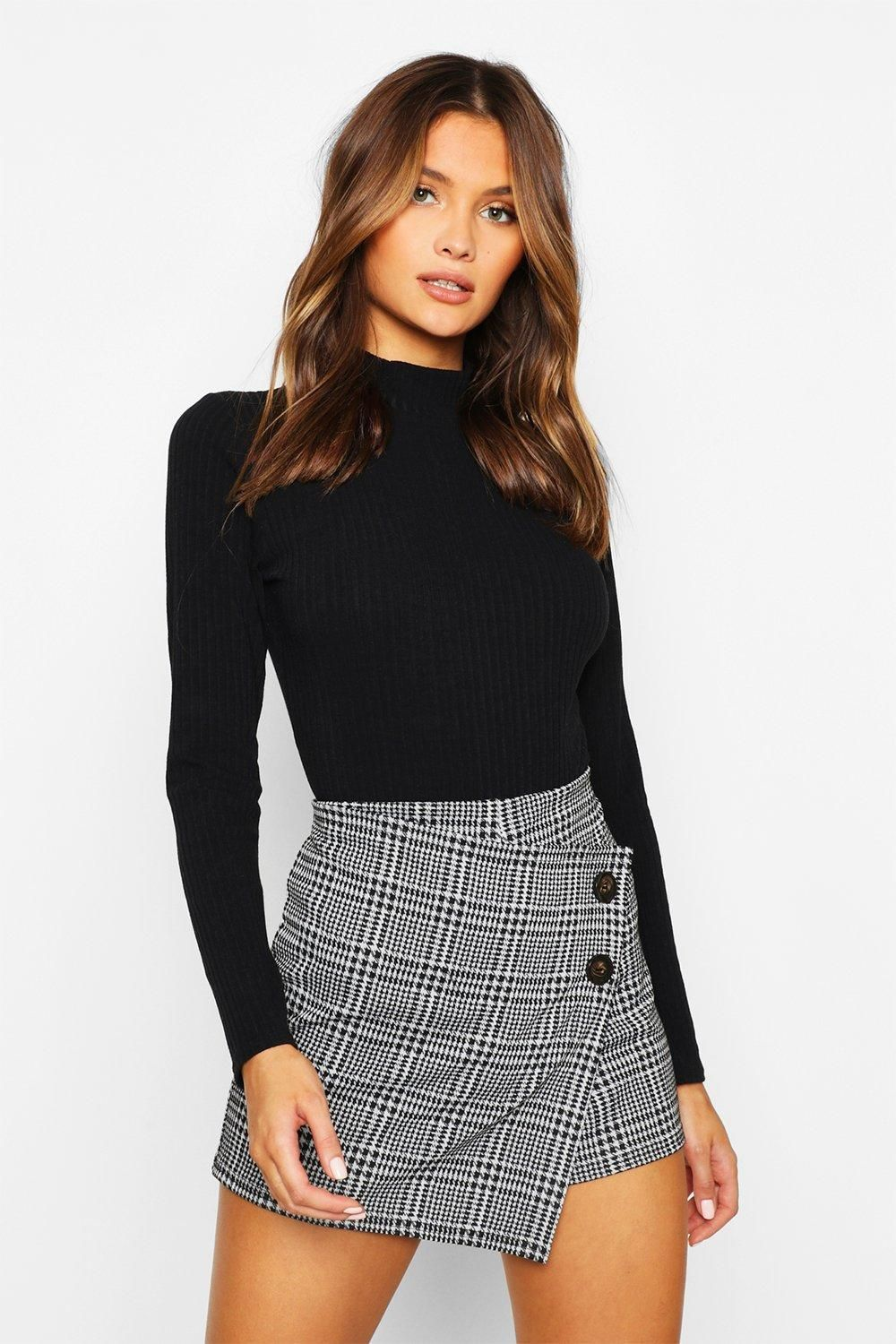 Check Skort With Buttons | boohoo