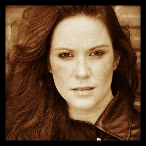 Brazilian singer actress Hannah Jacques Photo by Sergio Santoian