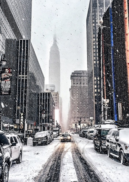 The best of the blizzard in Instagram photos and Vines