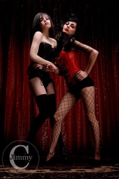 Burlesque sexy girls