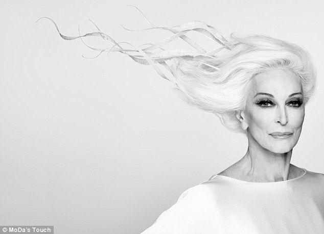 Carmen Dell'Orefice, das 82-jährige Model, enthüllt die Geheimnisse ihres dauerhaften Erfolgs