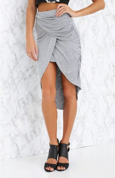 Work or play, the In The Zone Skirt will make sure you always bring your A-game! We love it teamed with a white crop and strappy sandals for a simple and chic day look.