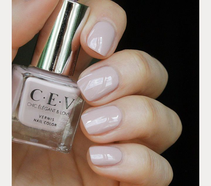 The 35 Prettiest Wedding Nail Colors - cool toned natural wedding ...