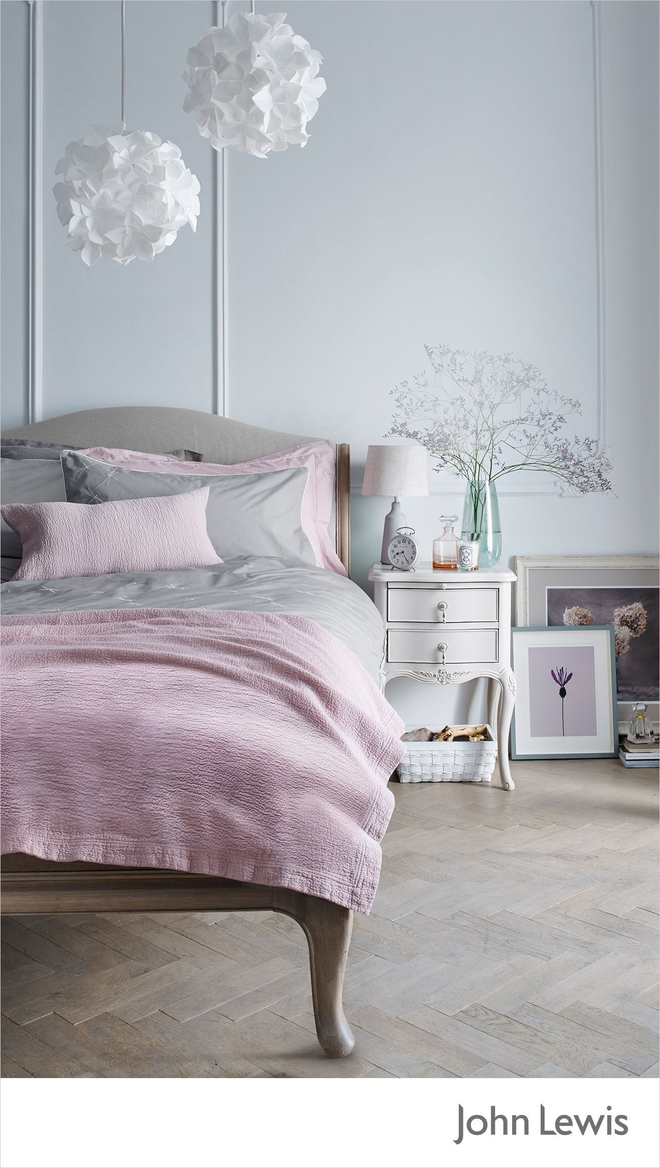 Modern Bedroom Give Your Vintage Style Sleep Sanctuary A Modern T