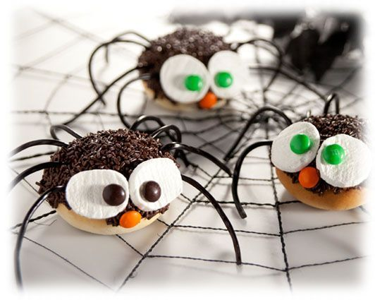 Spider S'mores recipe from Rhodes - aren't these cute?