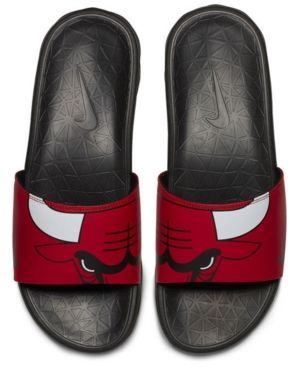 check out 9d3ca da5f6 Nike Men s Chicago Bulls Benassi Solarsoft Slides - Red 13