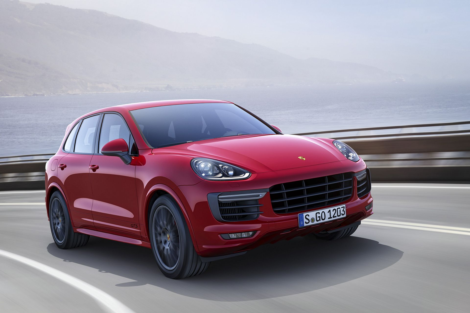 Now in its 14th year of production, the 2016 Porsche Cayenne line-up includes the standard Cayenne, the turbo-diesel Cayenne Diesel, the first plug-in SUV,