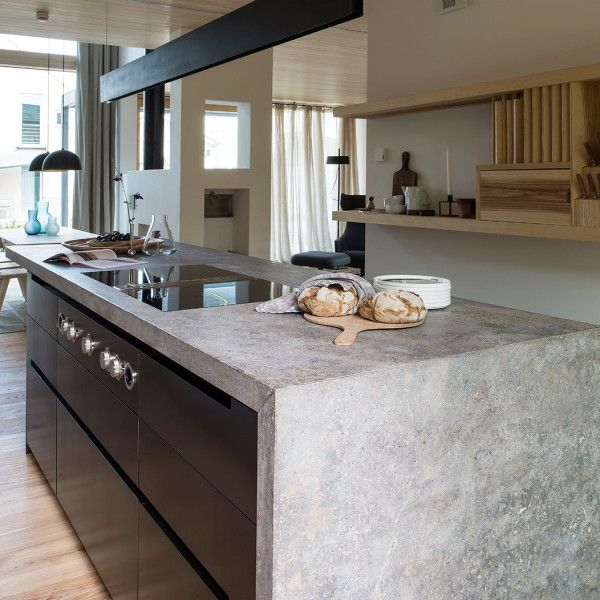 Moderne Schreinerküche mit Kücheninsel und BORA System Küche - bank fürs badezimmer