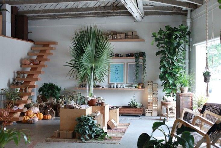 Photos for Hollyflora Yelp Home and garden, House