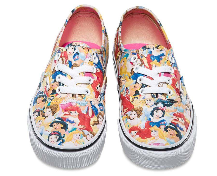 Chinelos Havaianas e tênis Vans das princesas Disney  395a130a34c