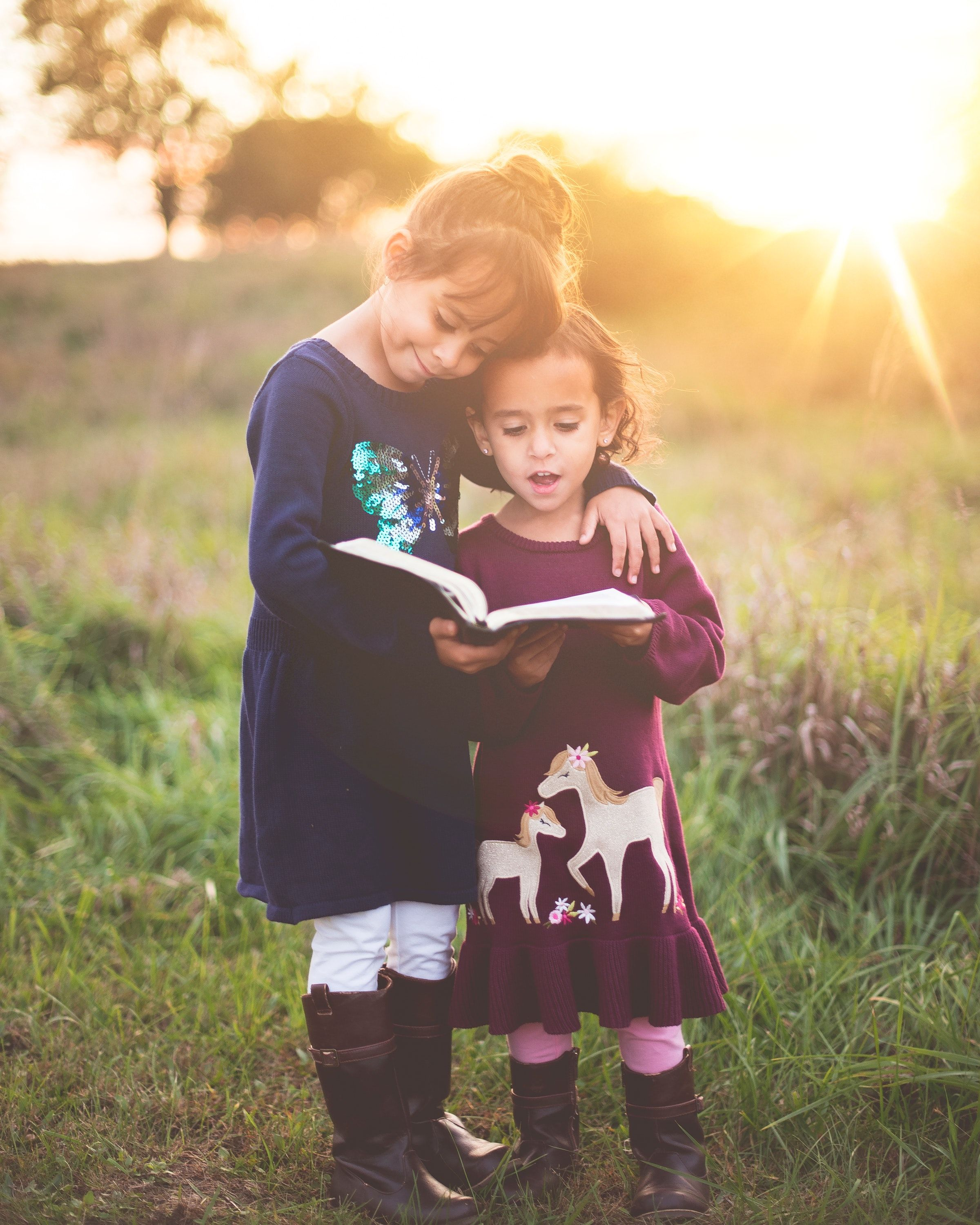 Children Kid Sibling Read Reading Book Wallpapers Hd 4k Background For Android Adoption Books Positive Discipline Teaching Kids