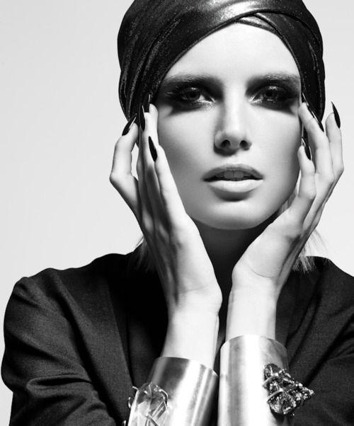 Madisonmuses make up mistakes for older women · relaxed hairblack white photosblack