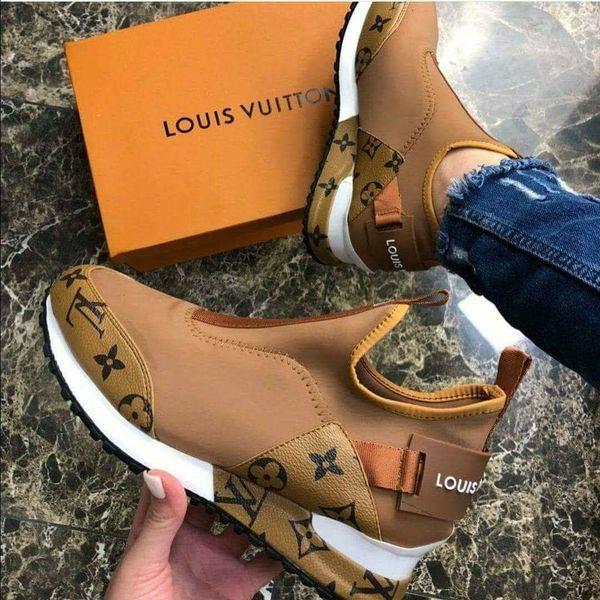 Louis Vuitton for Sale in Los Angeles, CA - OfferU