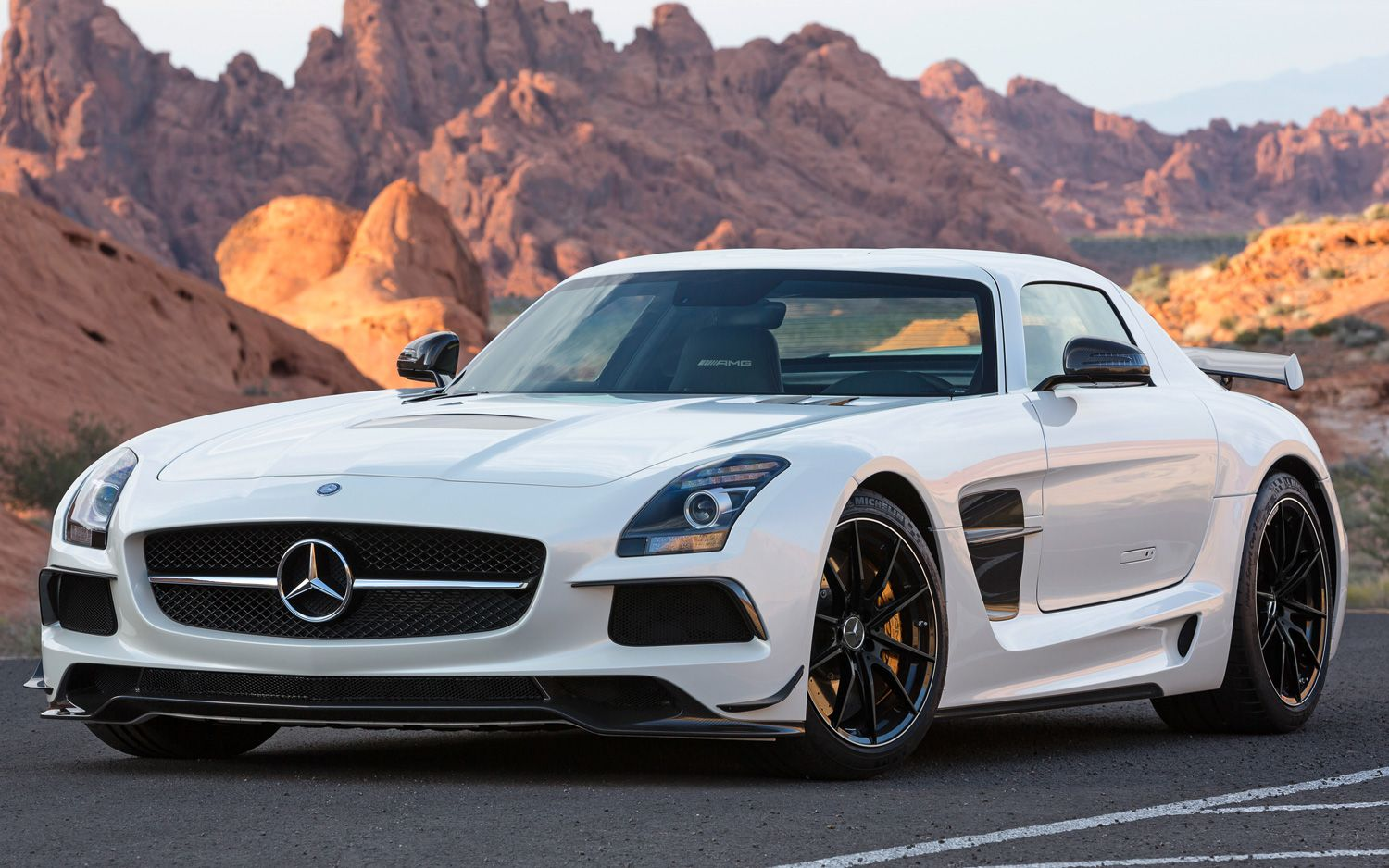 mercedes amg presents the high end super sports car version of the gull