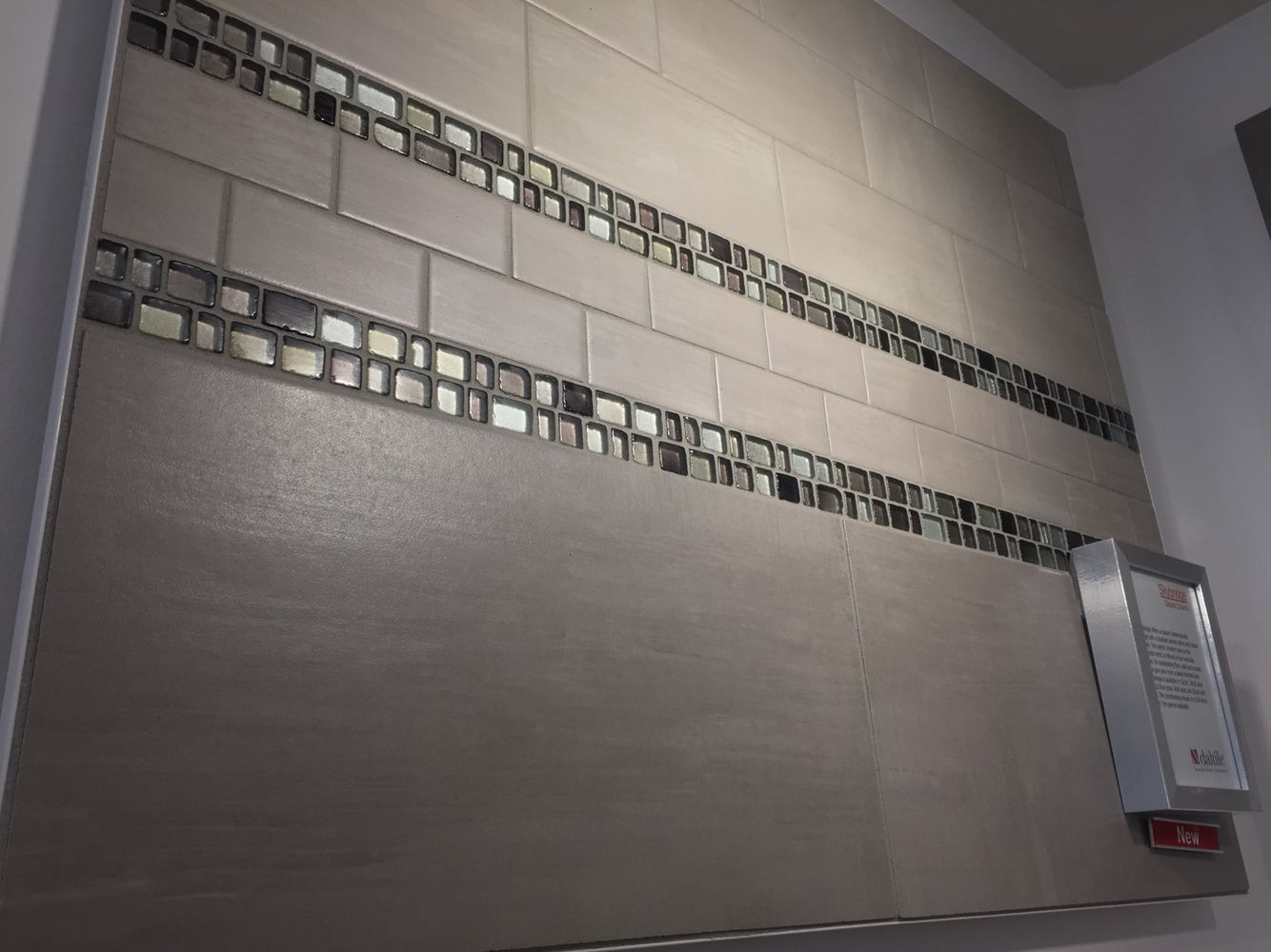 glass accent tile: jewel tide, field tile: skybridge | daltile
