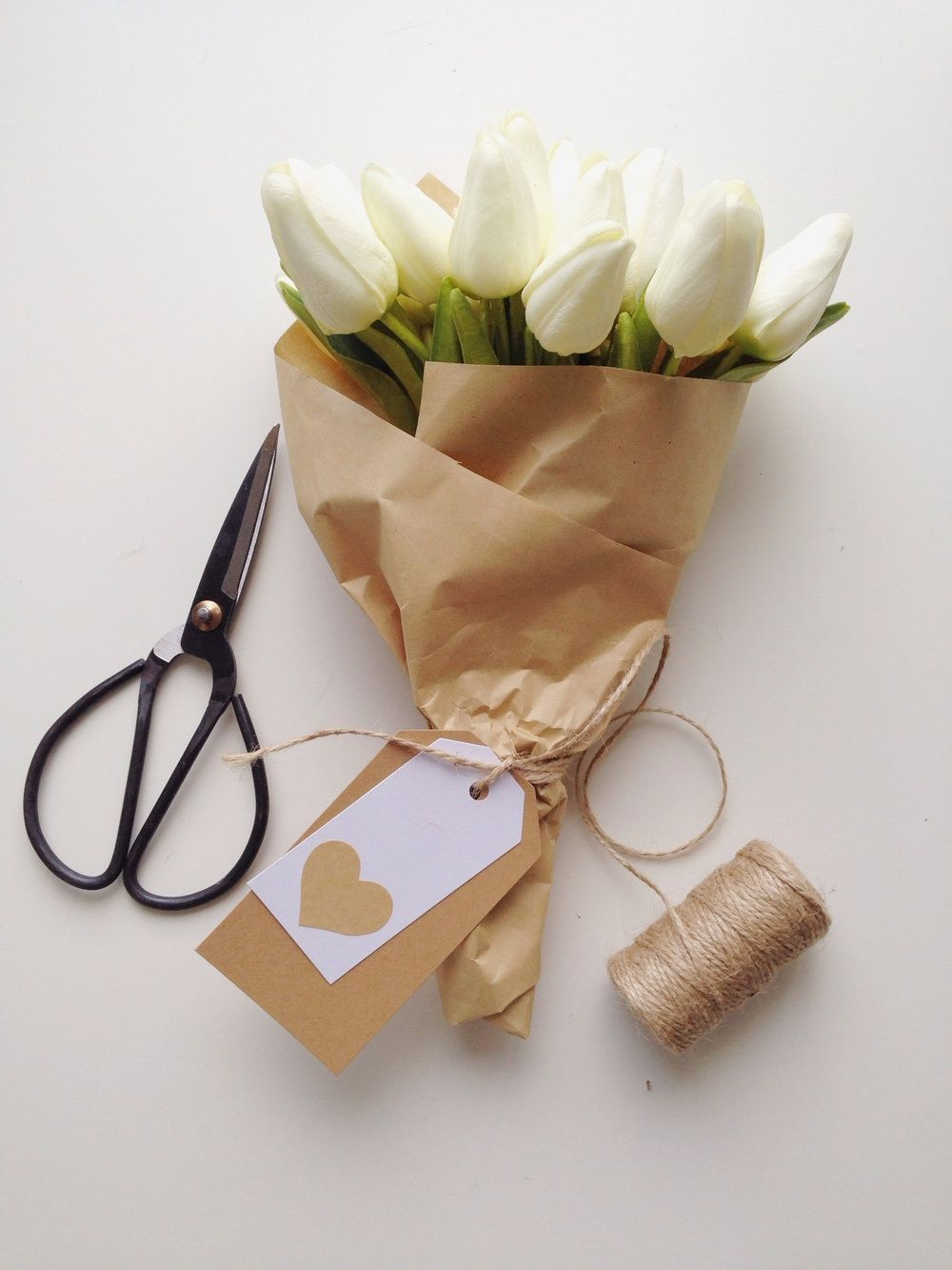 Nov 8 How To Wrap Flowers Like A Florist Wrap It Up Pinterest