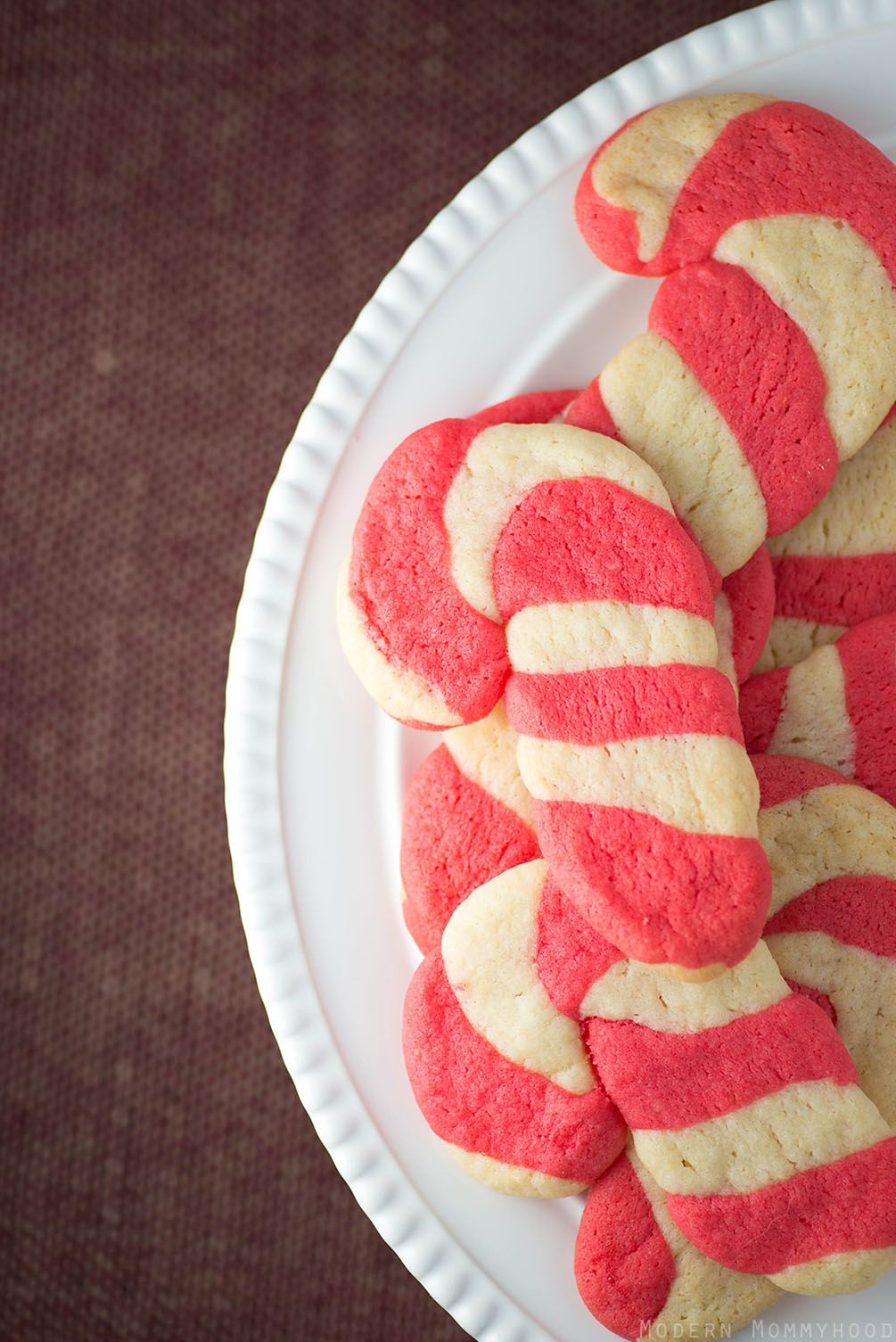 Easy Candy Cane Sugar Cookies (Giveaway)