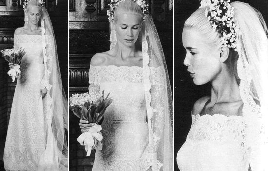 Claudia Schiffer wore Valentino on her wedding day back in May 22th 2002.