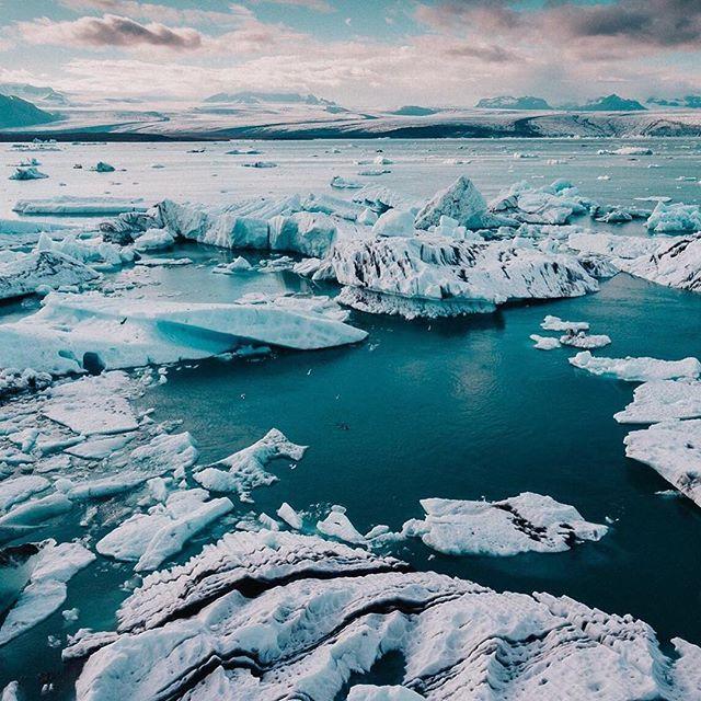 Iceland anyone ? --- 📷 by @lukaspiatekphotography --- #lookslikefilm #tribearchipelago #iceland #wowair #livefolk #glacierlagoon #jökulsarlon #nature #landscape #dji #phantom4 #dronestagram ---