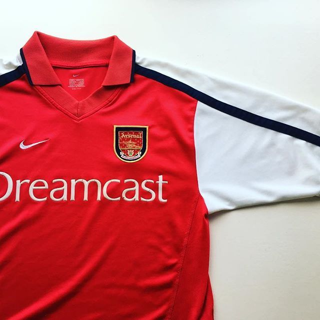 78dddc9e69c Arsenal home shirt 2000 02 ⚪ link in bio ☝  arsenal  arsenalfc  afc   gunners  highbury  premierleague  premiership  nike  nikefootball  football  ...
