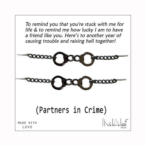 Partners in Crime Bracelets Gunmetal Handcuff von LiveLoveLeaf