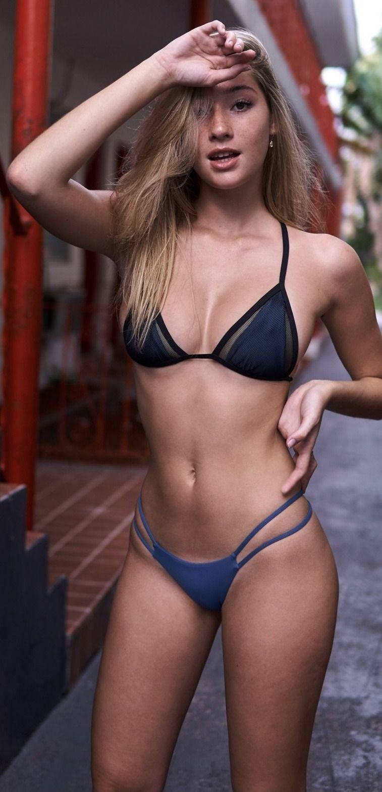 Sexy Brünette Mutti