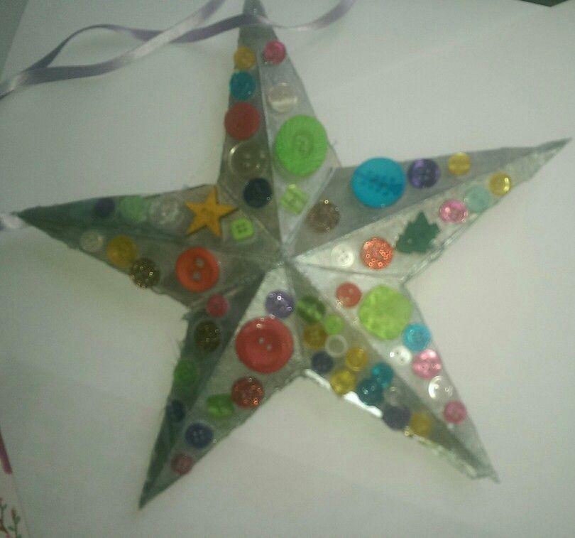 Button 3-D star ornament
