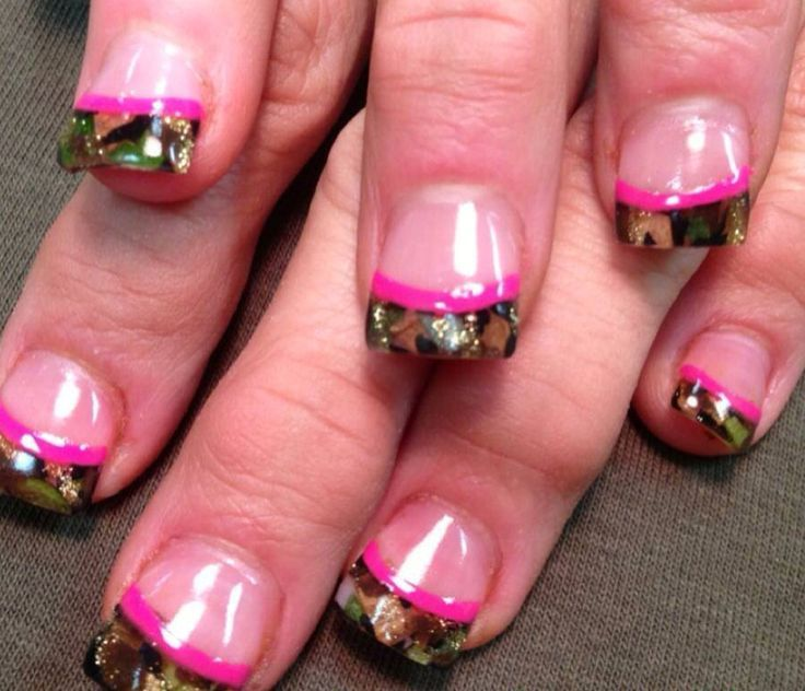 Pink & Camo nails. I'd get these if it had neon orange instead of the pink - Pink & Camo Nails. I'd Get These If It Had Neon Orange Instead Of