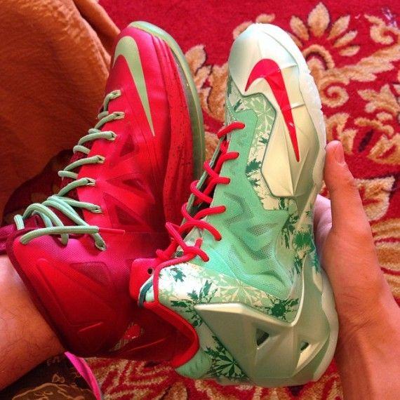 Nike LeBron 10 vs. 11 Christmas Comparison