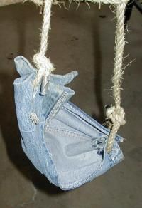Siege Engine.com: How to Make Slings and Pouches
