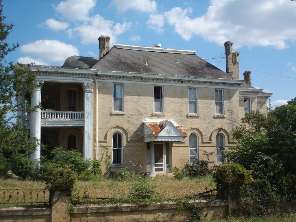 Abandoned Mansion in Gonzales Texas - Bing Images | Fun Old Fixer
