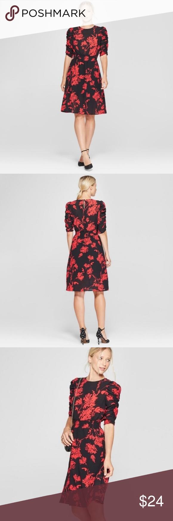 Who What Wear Red Black Floral Dress Sz Xxl Euc Black Red Floral Dress Floral Dress Black Wearing Red [ 1740 x 580 Pixel ]