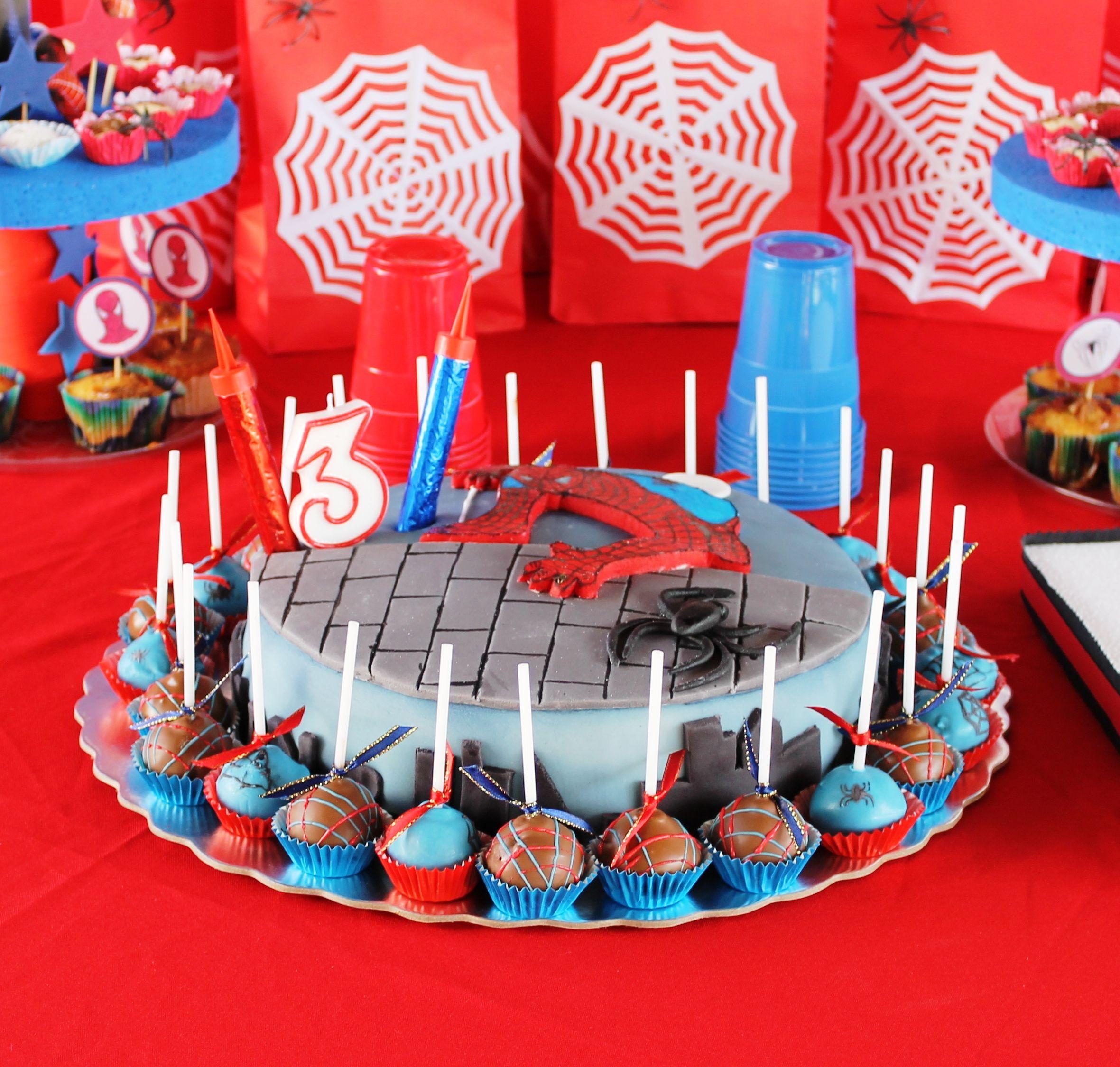 La Torta Spiderman Nro 3 De Chris Con Cakepops Incluidos